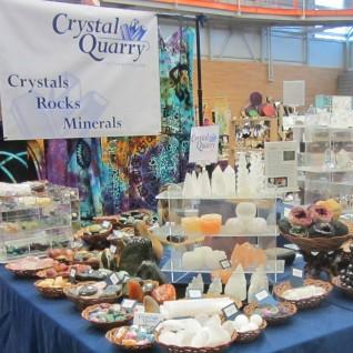 01-crystal-quarry-oddmall-161119-20